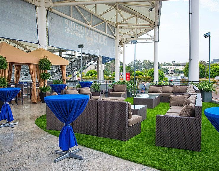 Outdoor-Reception-Venues-Thumbnail.jpg