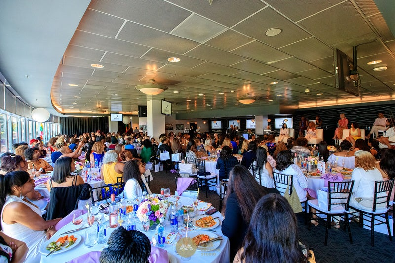 More Info for Fifth Annual Women in Entertainment Luncheon Presented by City National Bank, Coca Cola, Los Angeles Chargers and Los Angeles Lakers set for June 15, 2018 at StubHub Center